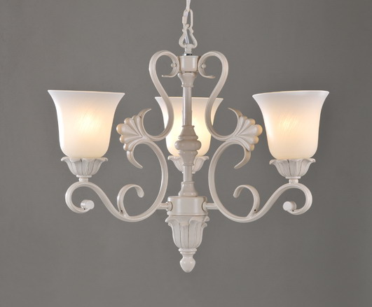 Exquisite 3-Light White Metal Retro Chandeliers