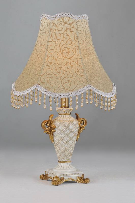 Printed Cloth Art Cover with Glass Pendant Antique Table Lamps