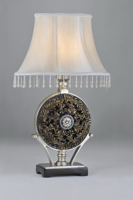 Siver Cloth Art Cover Metal Body Designer Table Lamps