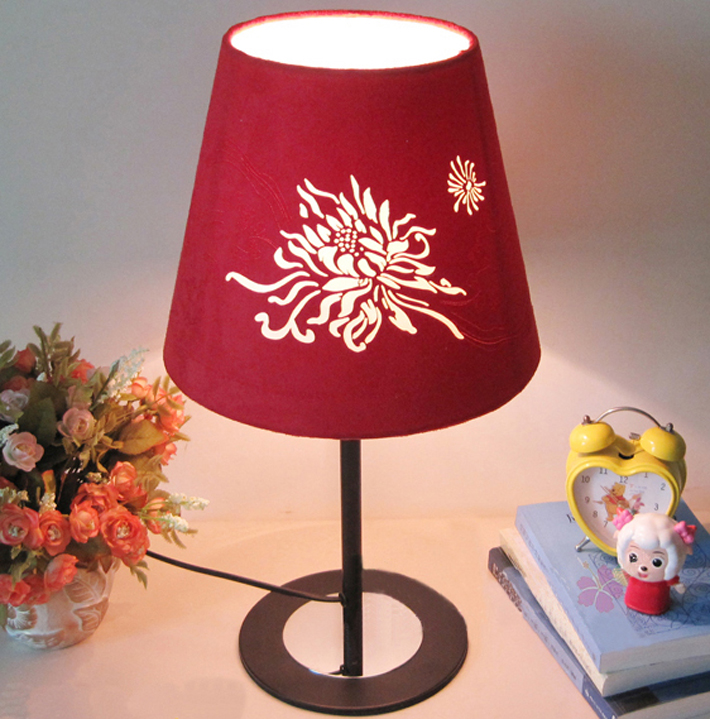 White Floria Cover Black Base Modern Table Lamps - Click Image to Close