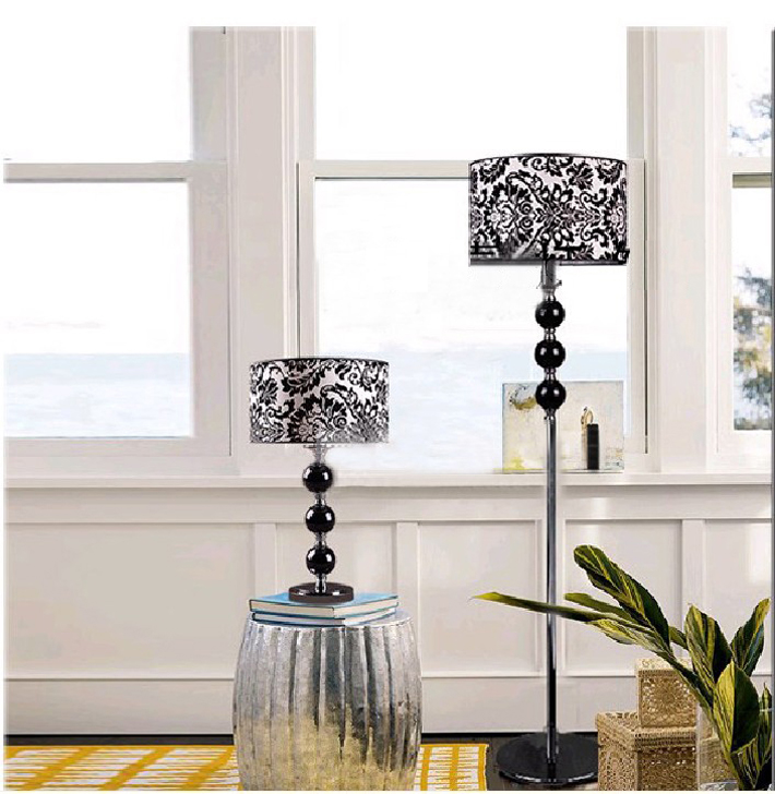 Black Printed Cloth Art K9 Crystal Chrome-Plated Contemporary Table Lamp