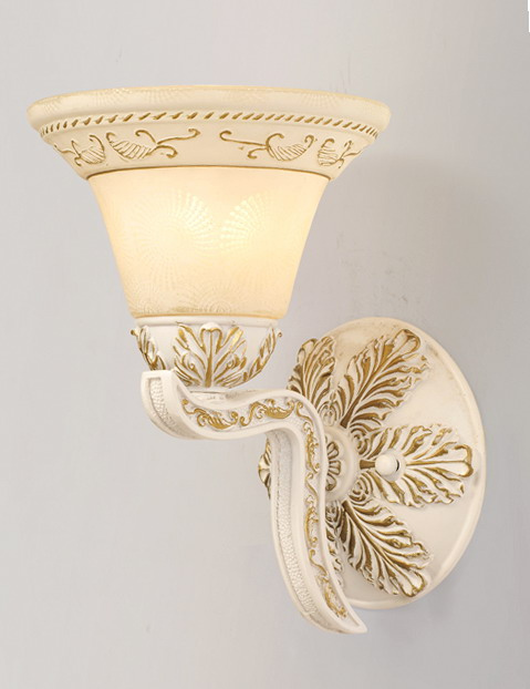 1-Light Offwhite with Gold Metal Wall Lamps