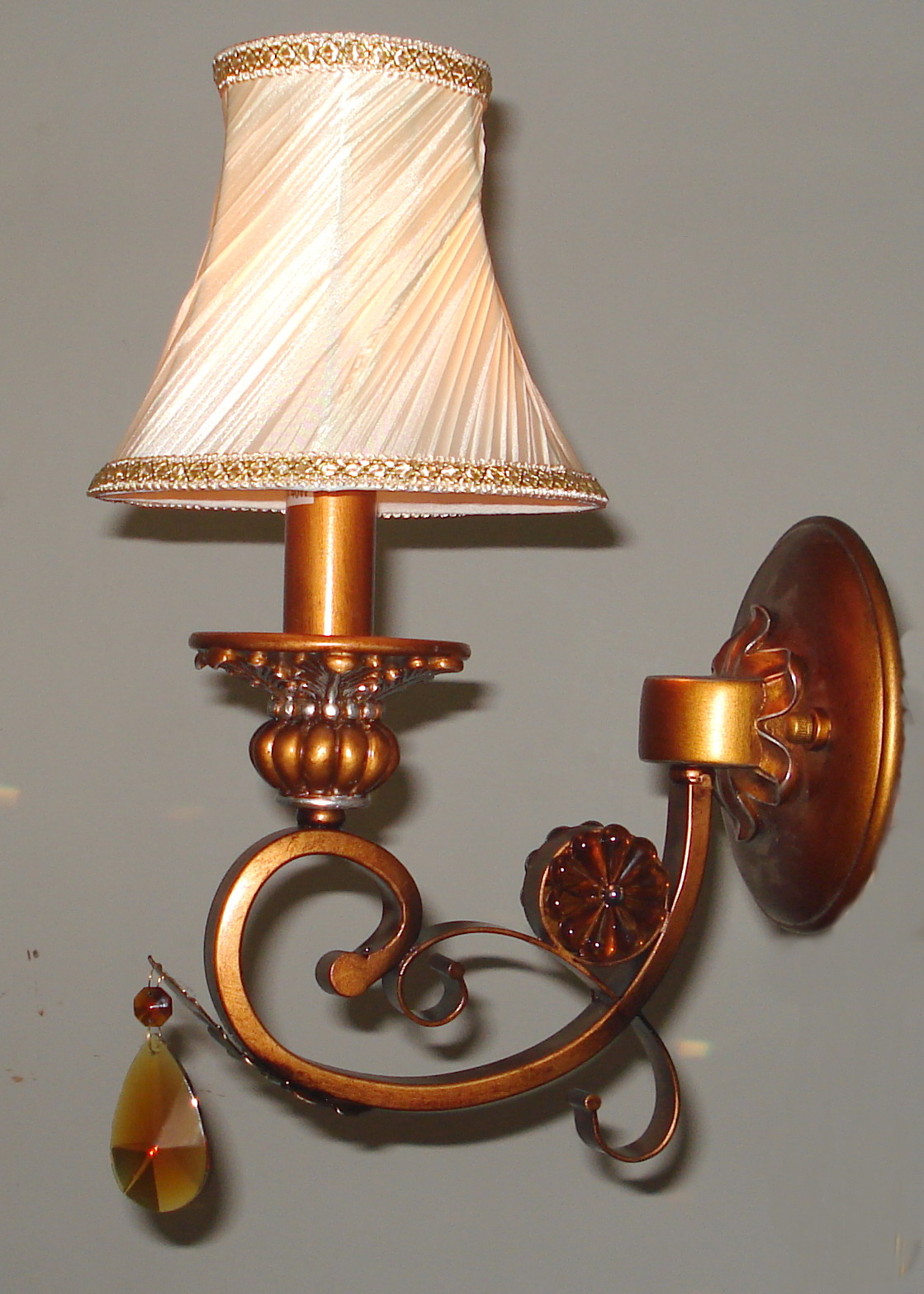 Wall Lamps Drawing : 1-Light Printed Cloth Art Cover Copper Body Antique Wall Lamps with Crystal